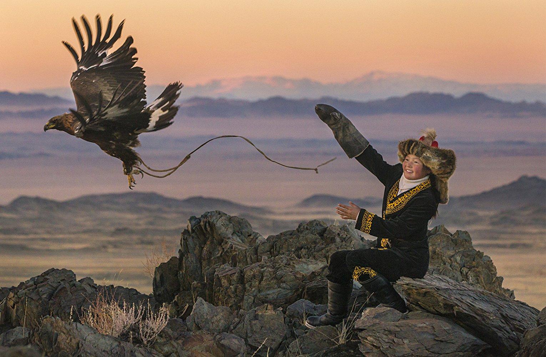 世界僅存金雕狩獵 哈薩克族《女獵鷹人》府中15獻映